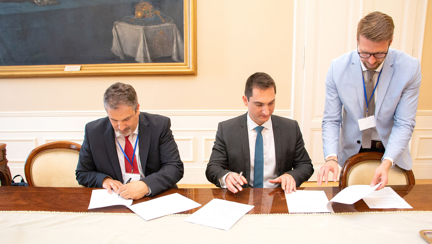 ELI-ALPS cooperation agreement with the Hungarian Intellectual Property Office signed